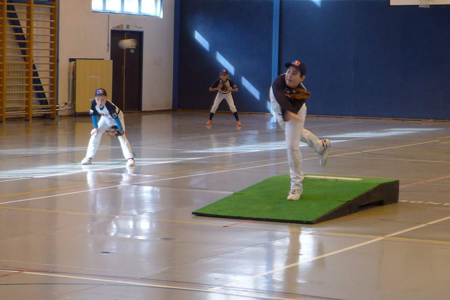Indoor Trutnov U13 2016 | Waynes - Rytíři | Jadra Havlíček na kopci