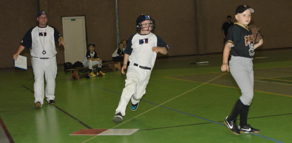 WW Indoor cup 2014 U11 | Adam | foro Matěj